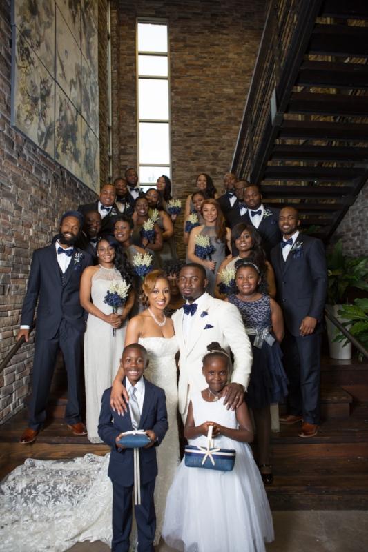 The-lodge-wedding-nashville-entire-bridal-party.jpg