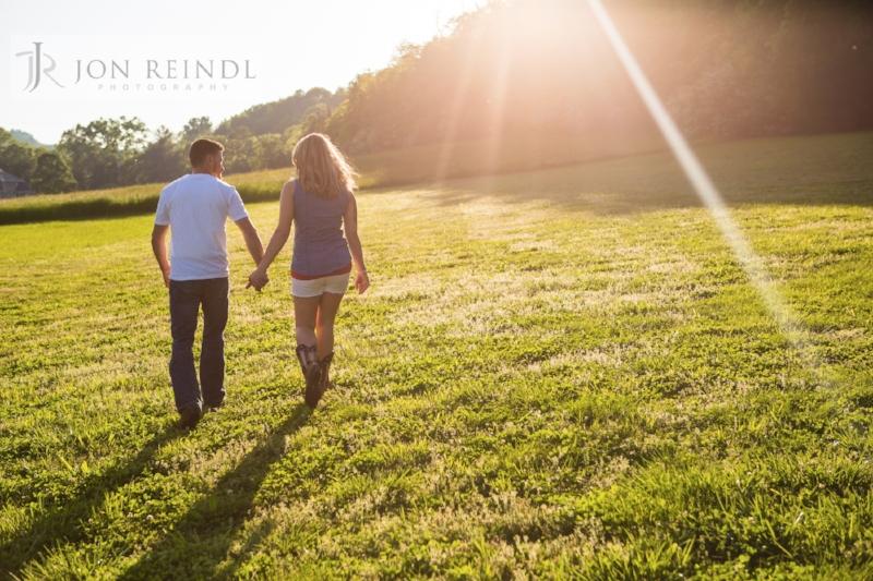 Sunset-couple-image-Drakewood-Farm-Engagement.jpg