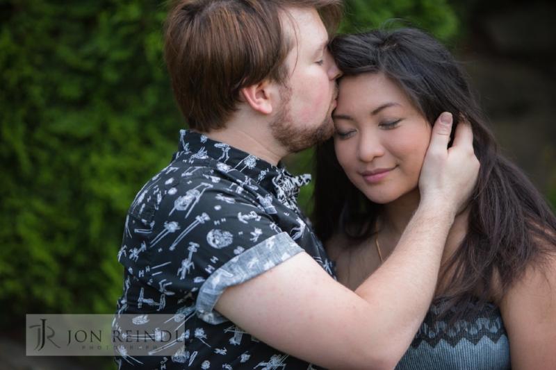 tender-couple-moment-nashville-engagement.jpg