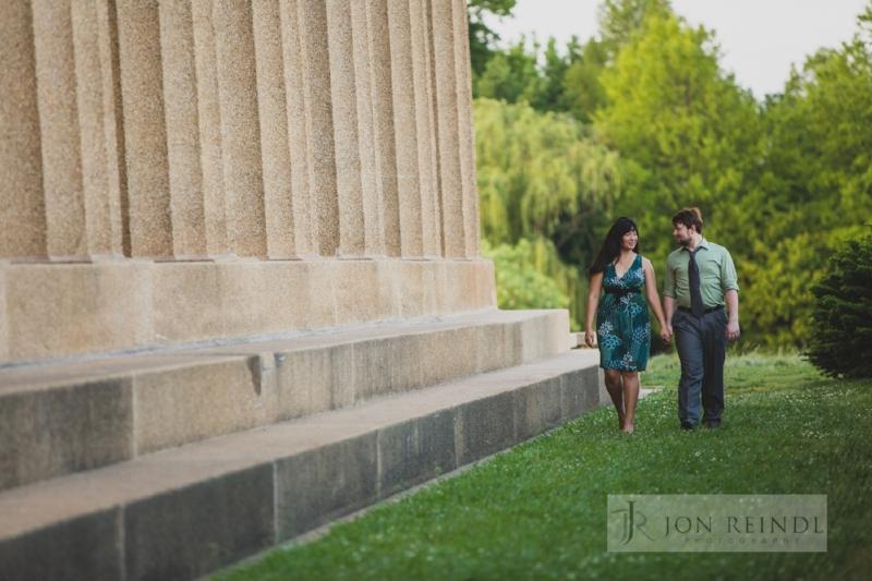 parthenon-nashville-engagement-session-cutest-couple.jpg