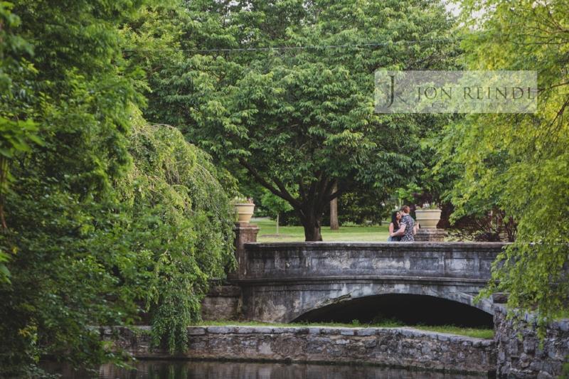 beautiful-bridge-engagement-photo-centennial-park.jpg