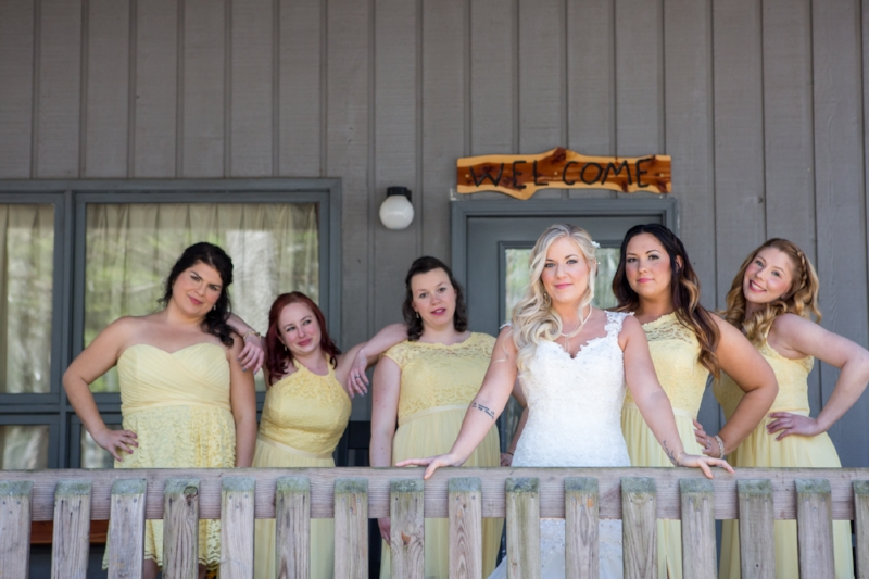 Shanna used the cabins at Cedars of Lebanon for her getting ready time with the bridal party. These are such a great option and we loved that they had a covered porch area for photos.