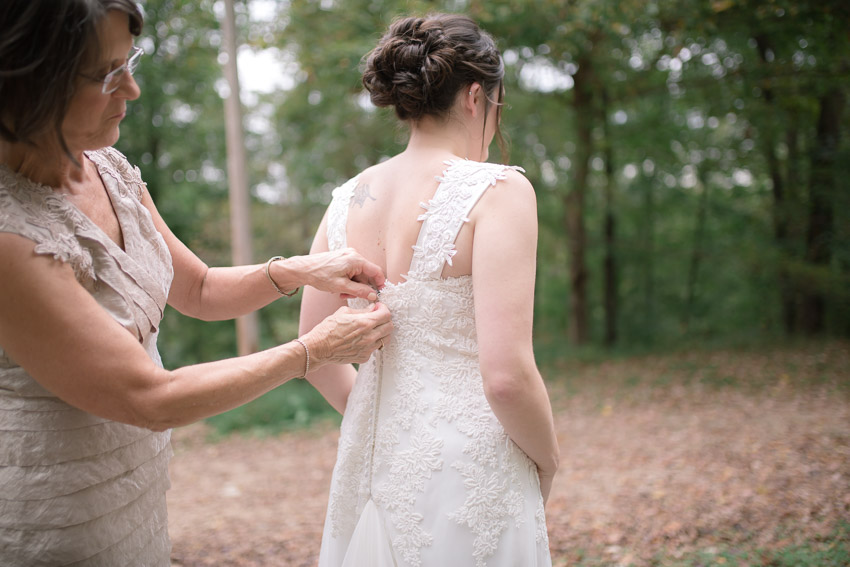 mother-helping-bride-smiley-hollow.jpg