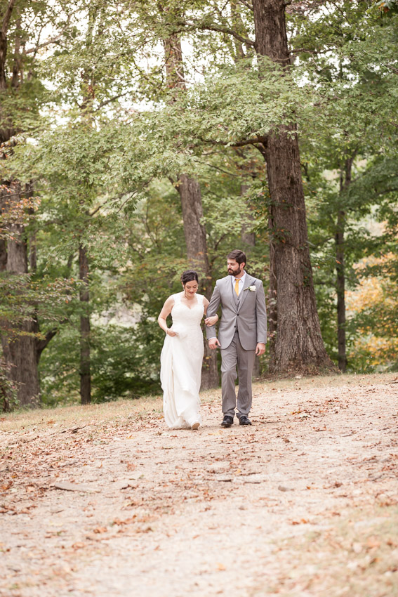bride-and-groom-at-smiley-hollow.jpg