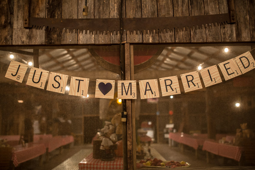 just-married-sign-wedding-reception.jpg