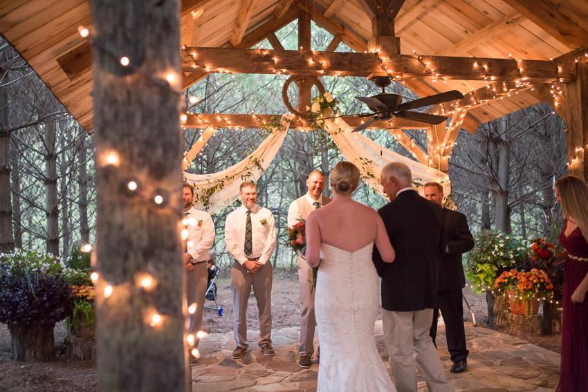 Sewanee-Tennessee-Barn-Wedding-0121.jpg