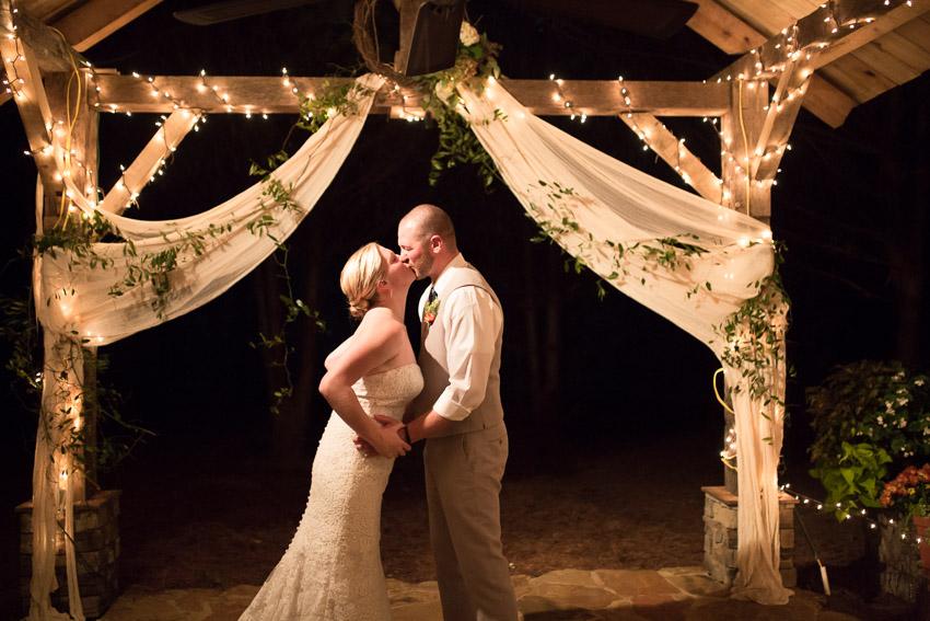 Sewanee-Tennessee-Barn-Wedding-0151.jpg