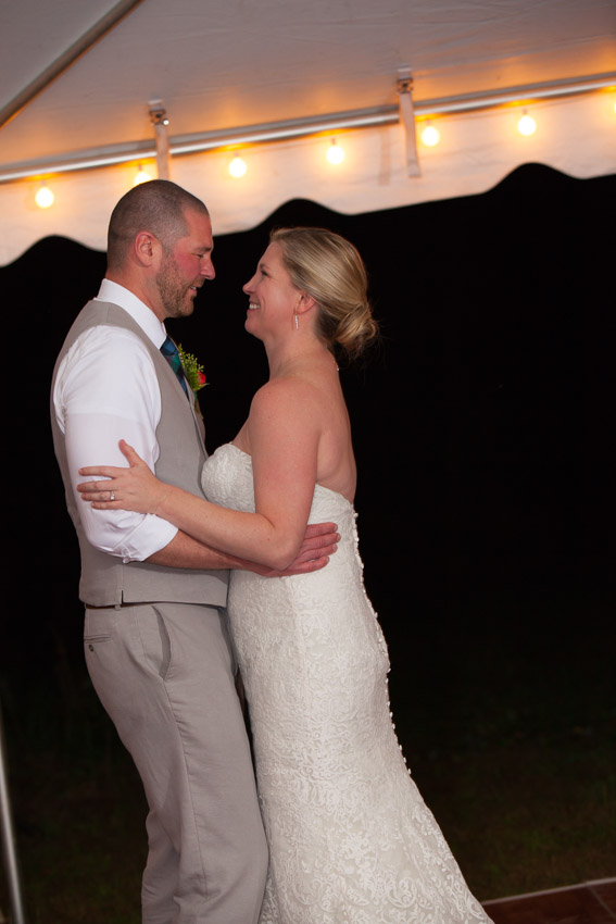 Sewanee-Tennessee-Barn-Wedding-0155.jpg