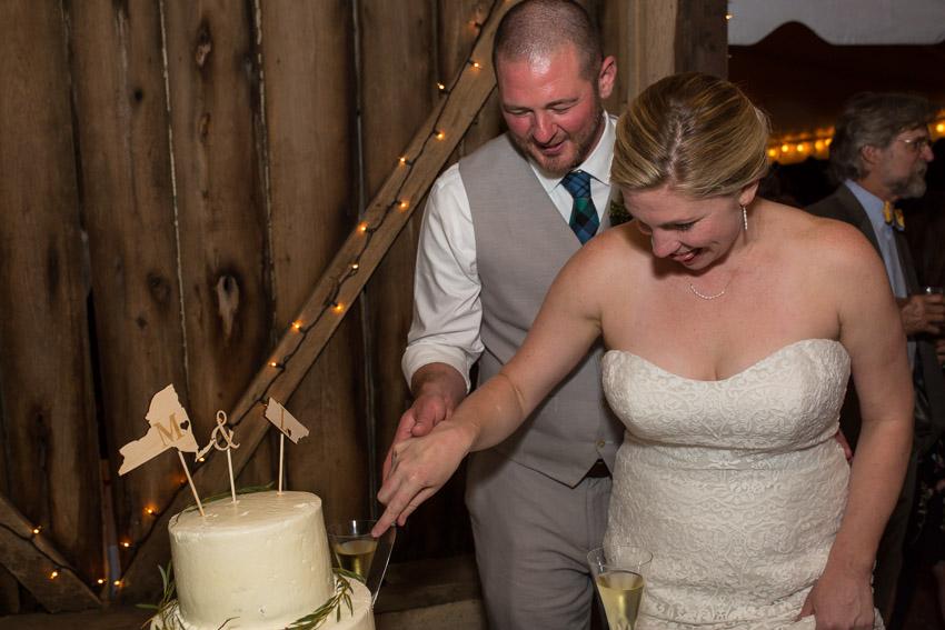 Sewanee-Tennessee-Barn-Wedding-0202.jpg