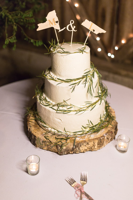 wedding-cake-with-state-flags-topper.jpg