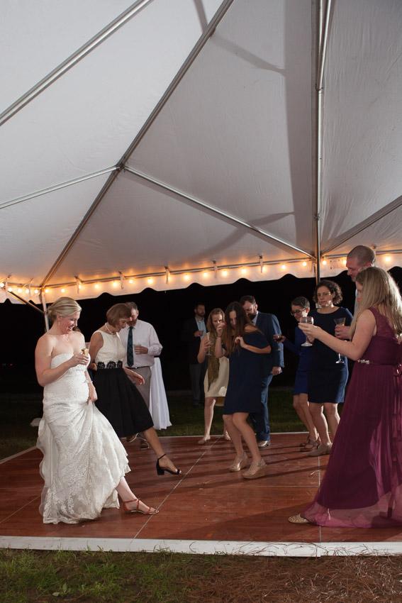Sewanee-Tennessee-Barn-Wedding-0213.jpg