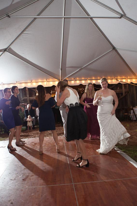 Sewanee-Tennessee-Barn-Wedding-0212.jpg