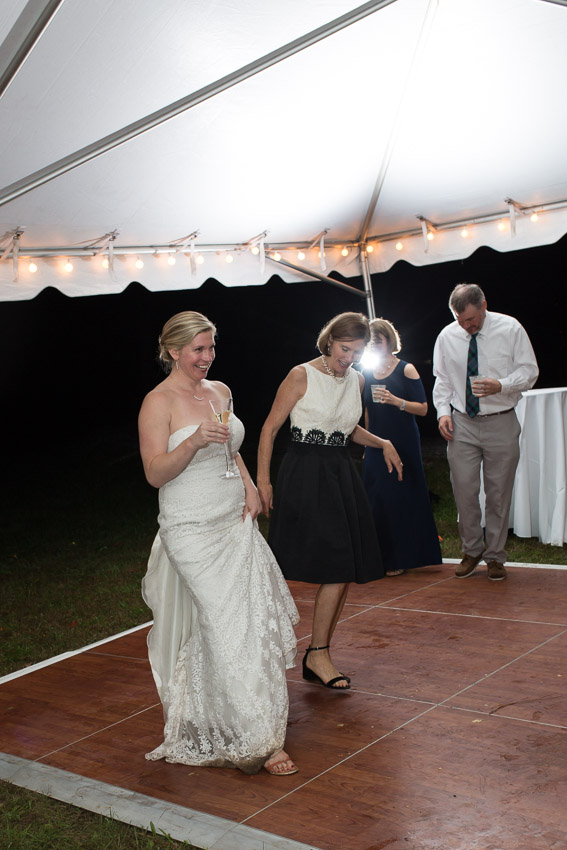 Sewanee-Tennessee-Barn-Wedding-0210.jpg