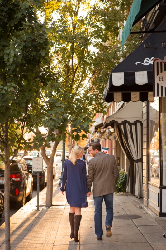 Franklin-tennessee-main-street-downtown-engagement-session.jpg