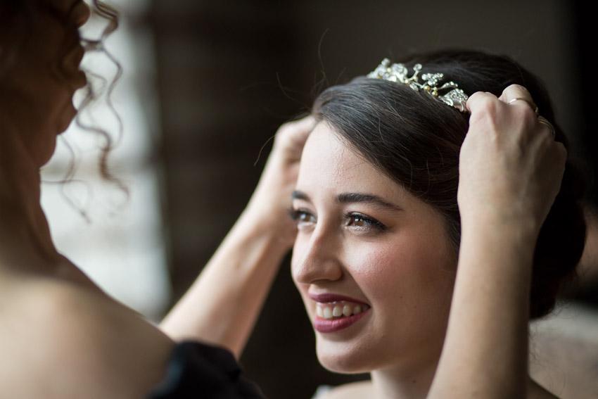 nashville-bride-getting-ready.jpg