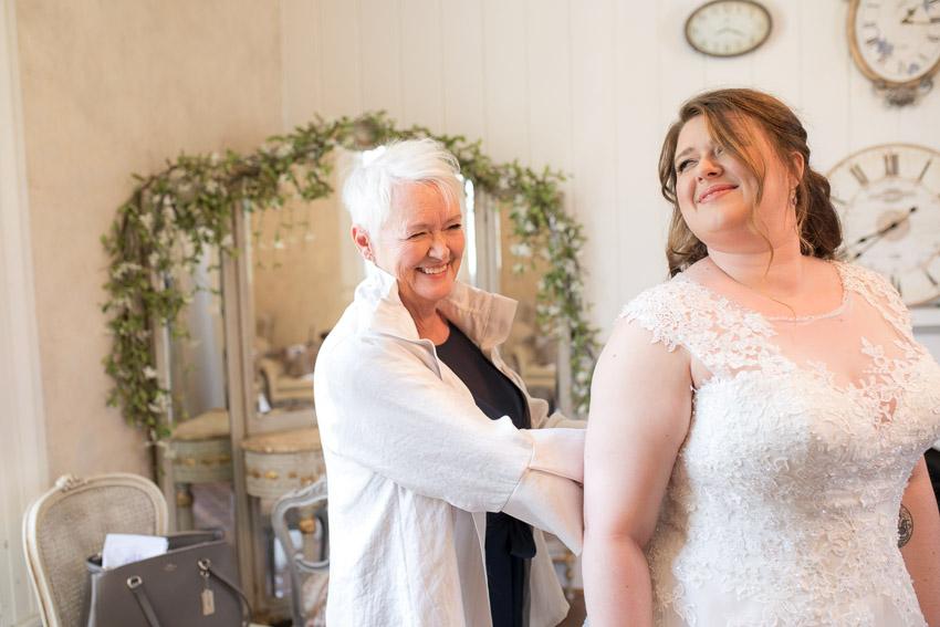 melissa-and-bond-wedding-sneak-peak-blog-0016.jpg