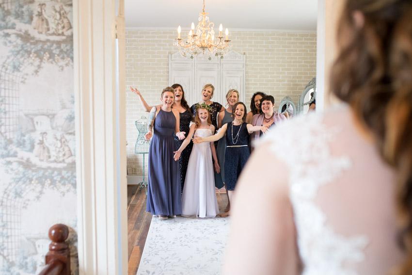 melissa-and-bond-wedding-sneak-peak-blog-0019.jpg