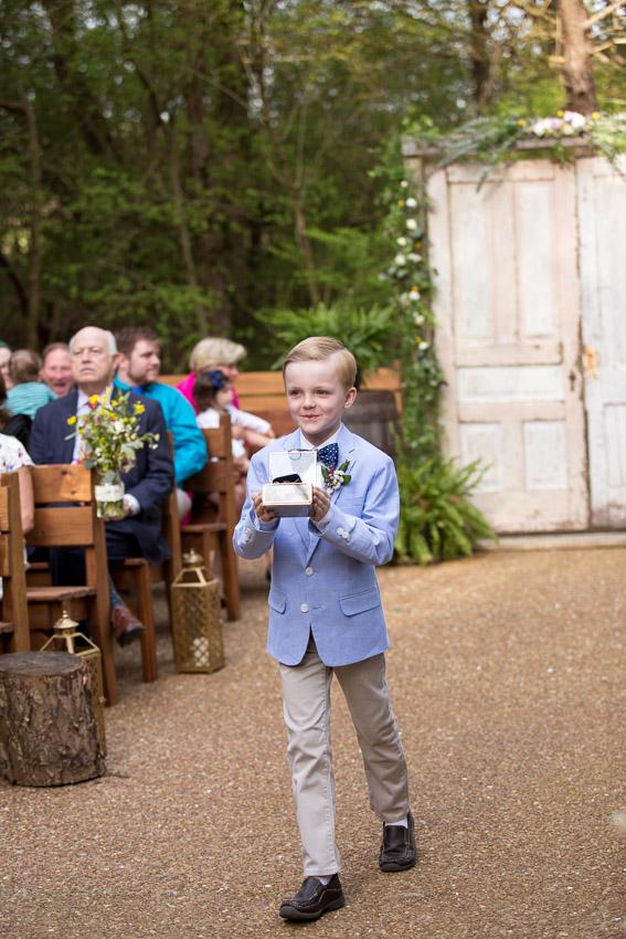 melissa-and-bond-wedding-sneak-peak-blog-0025.jpg