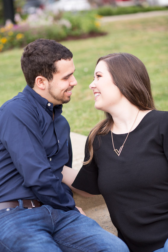 downtown-franklin-tennessee-engagement-session.jpg