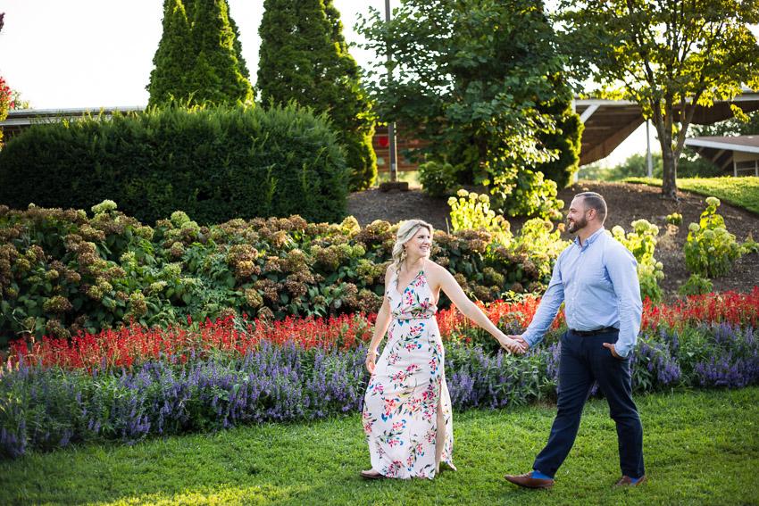 summer-engagement-centennial-park-nashville.jpg