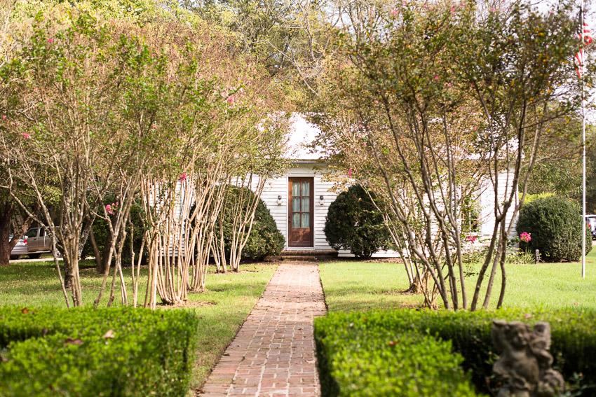 homestead-manor-cottage.jpg