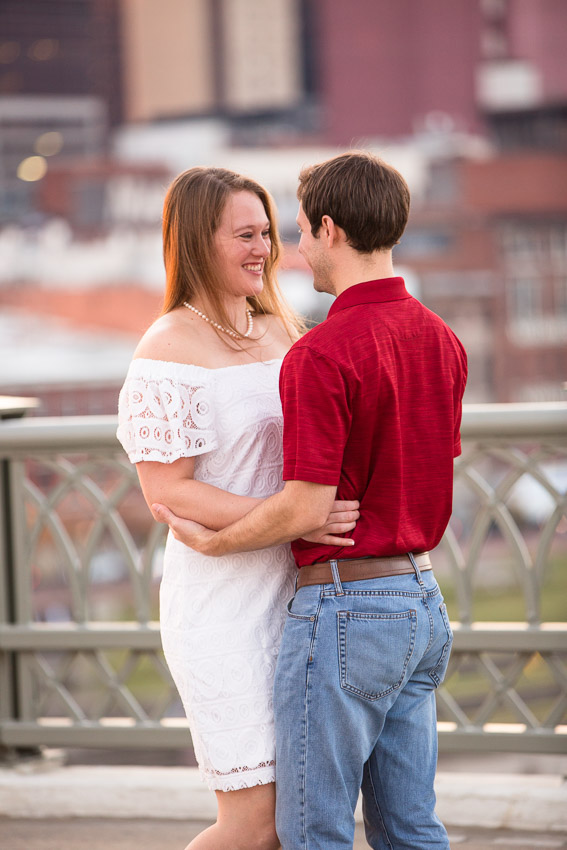 Nashville-Engagement-Session-Riverfront-Park-Aubree-and-Austin-0121.jpg