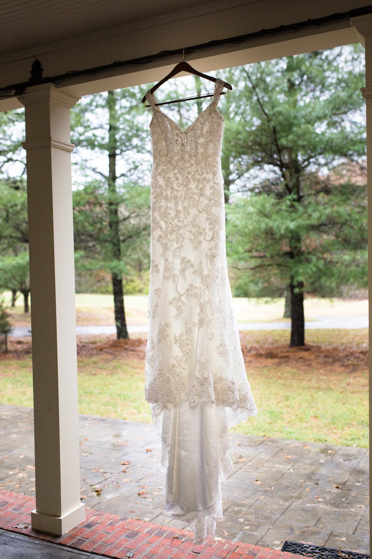 Kelli-and-Matt-Nashville-Wedding-Sneak-Peak-0037.jpg