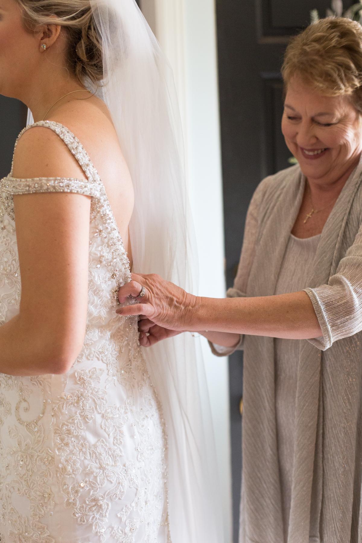 Kelli-and-Matt-Nashville-Wedding-Sneak-Peak-0062.jpg