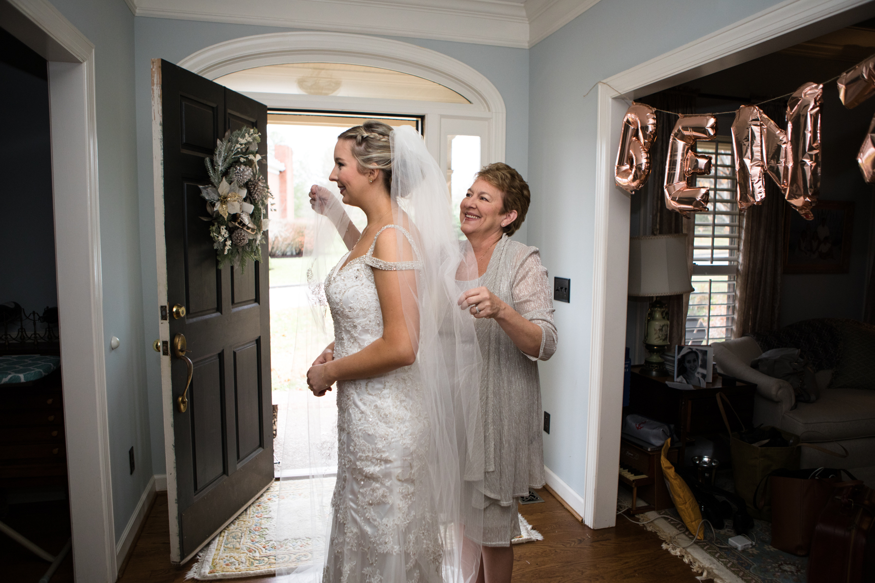 Kelli-and-Matt-Nashville-Wedding-Sneak-Peak-0068.jpg