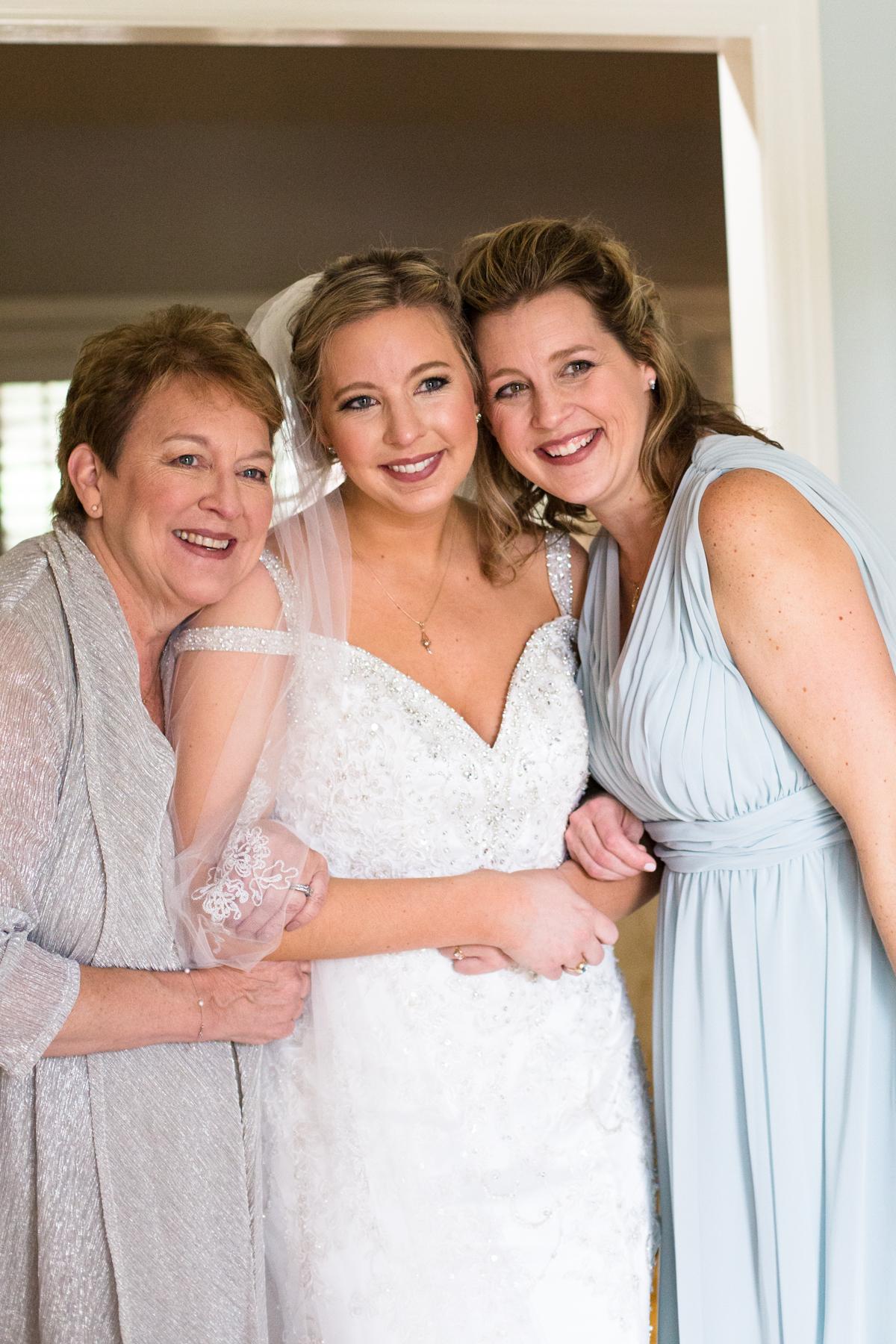 Kelli-and-Matt-Nashville-Wedding-Sneak-Peak-0071.jpg