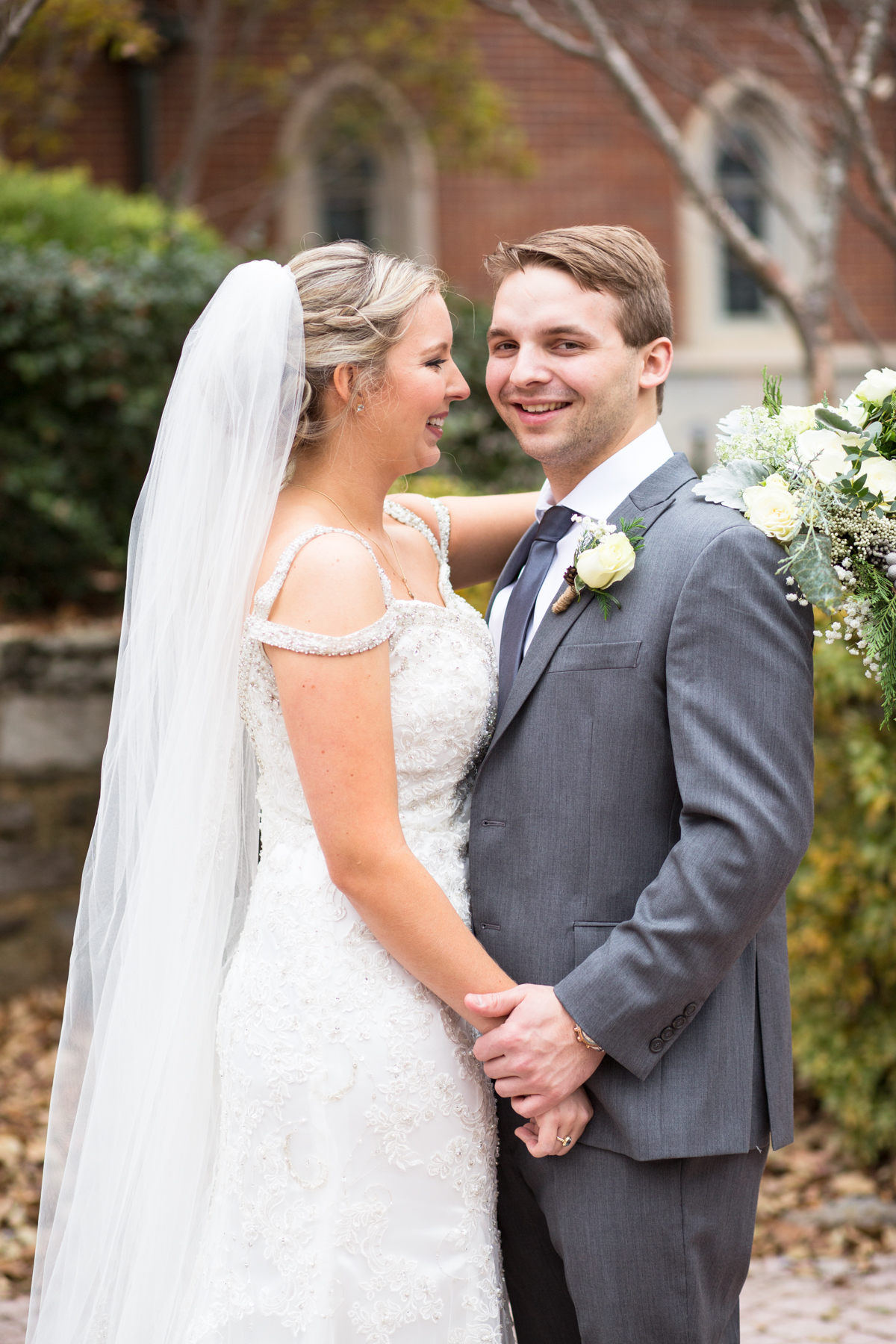 Kelli-and-Matt-Nashville-Wedding-Sneak-Peak-0134.jpg