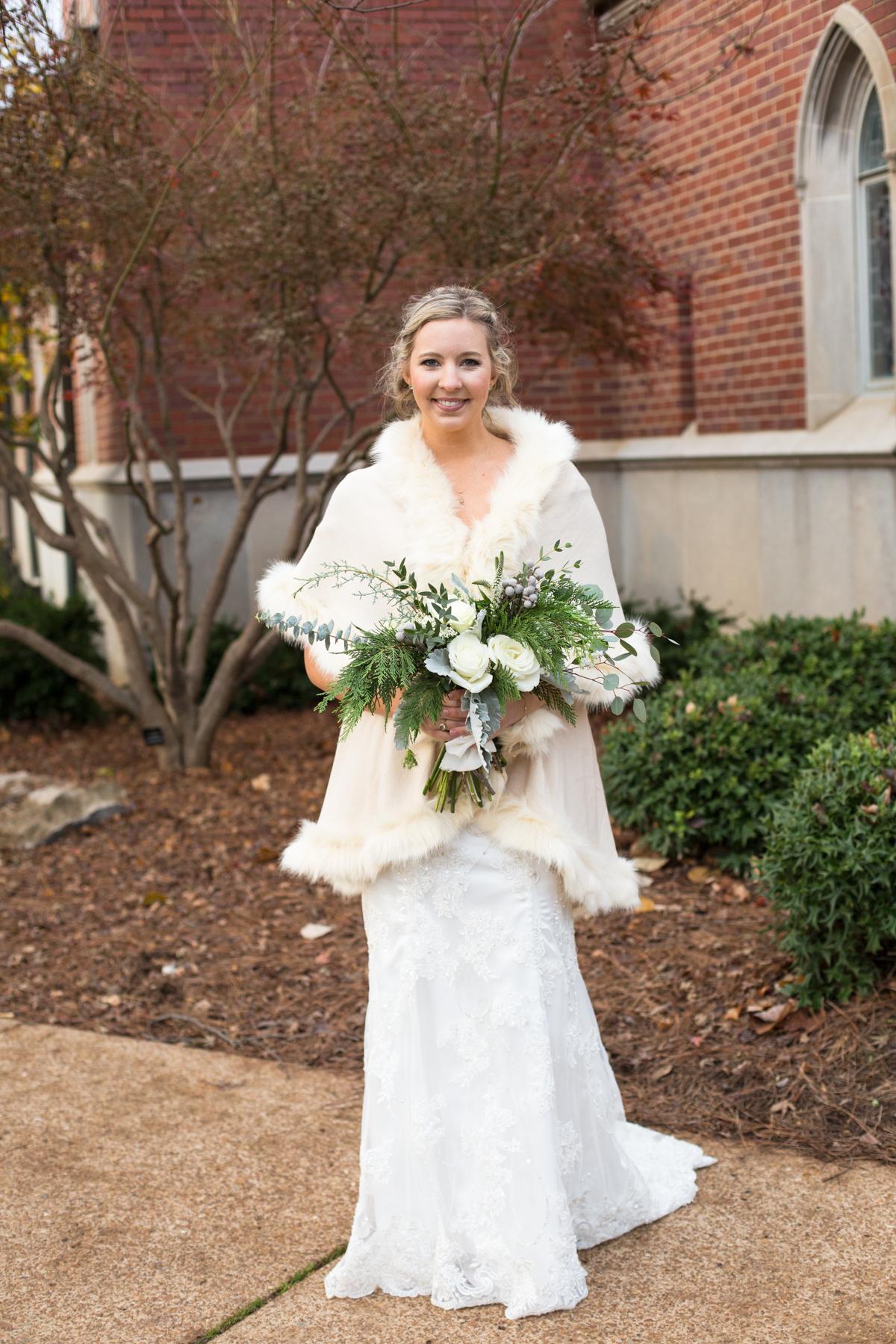 Kelli-and-Matt-Nashville-Wedding-Sneak-Peak-0176.jpg