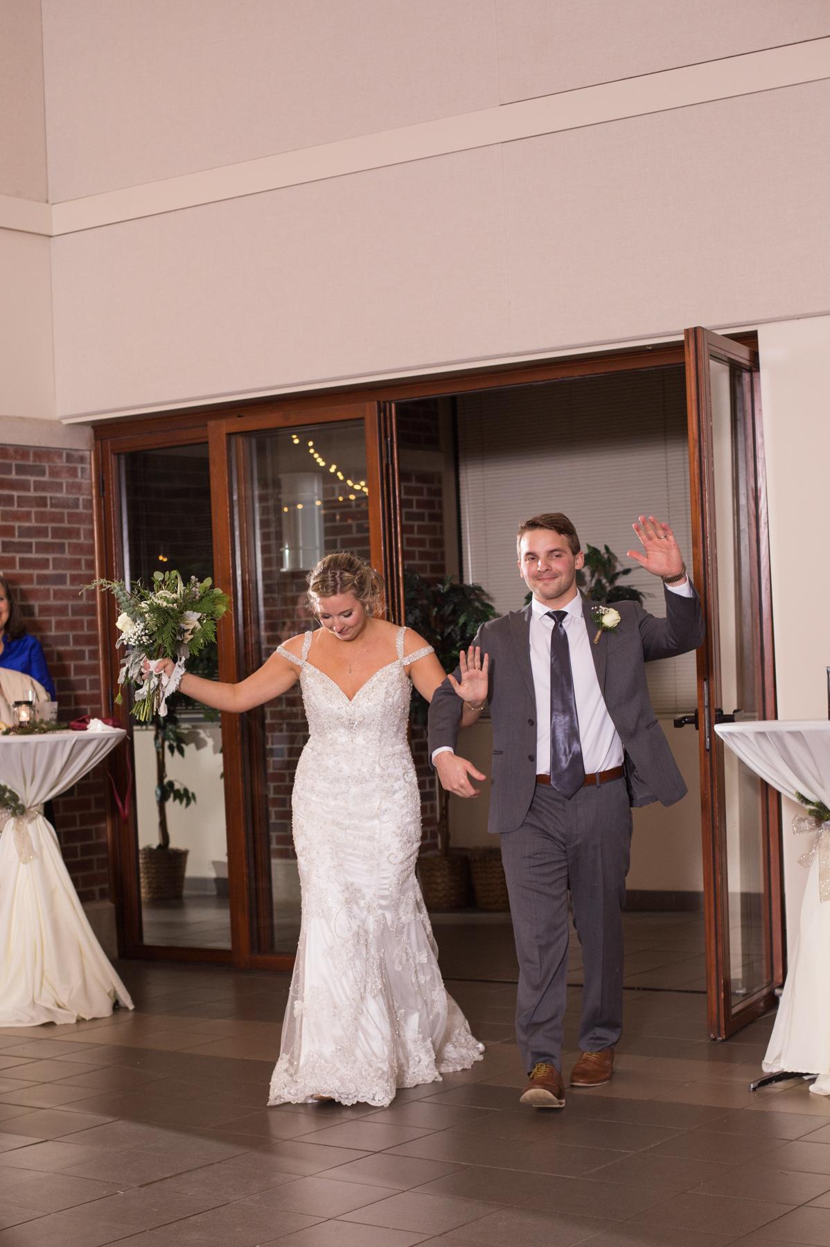Kelli-and-Matt-Nashville-Wedding-Sneak-Peak-0265.jpg