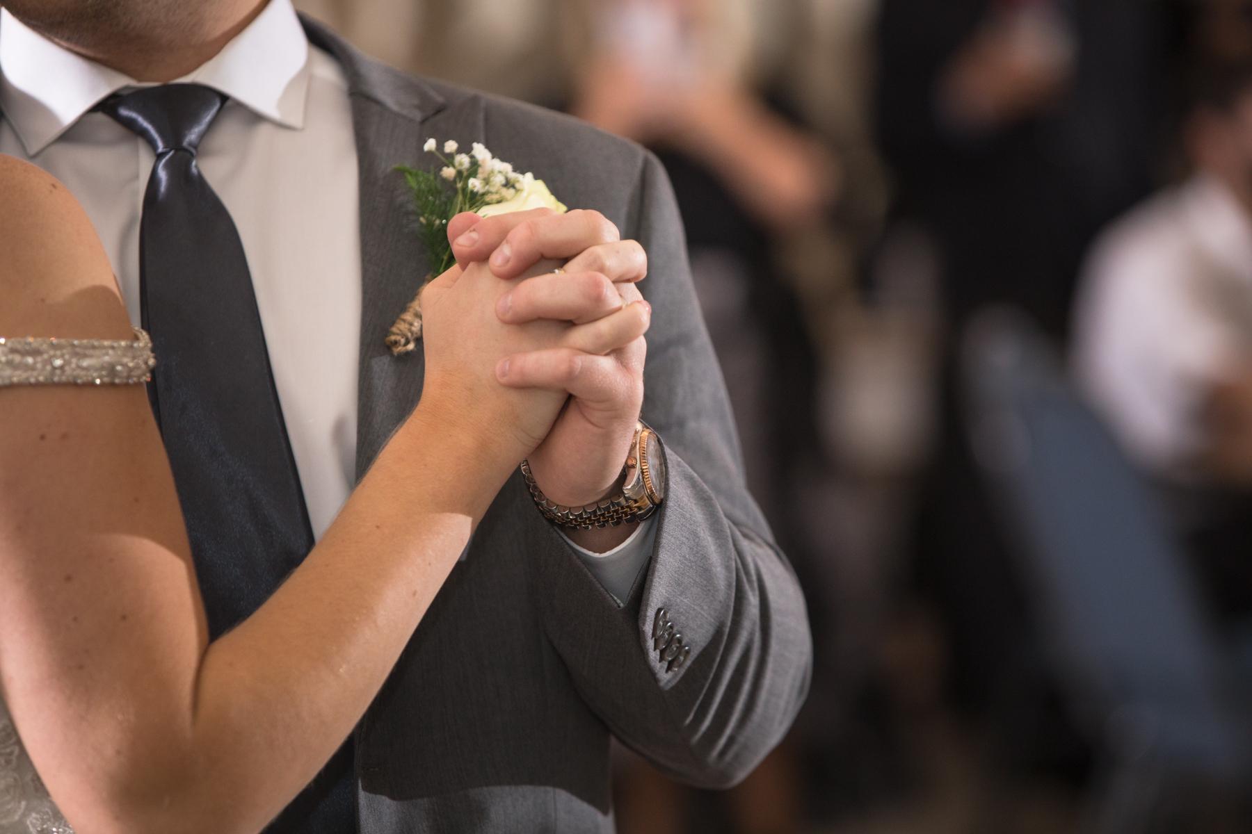 Kelli-and-Matt-Nashville-Wedding-Sneak-Peak-0277.jpg