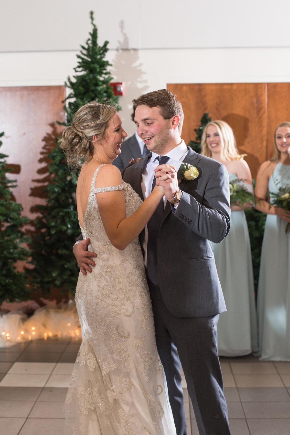 Kelli-and-Matt-Nashville-Wedding-Sneak-Peak-0269.jpg