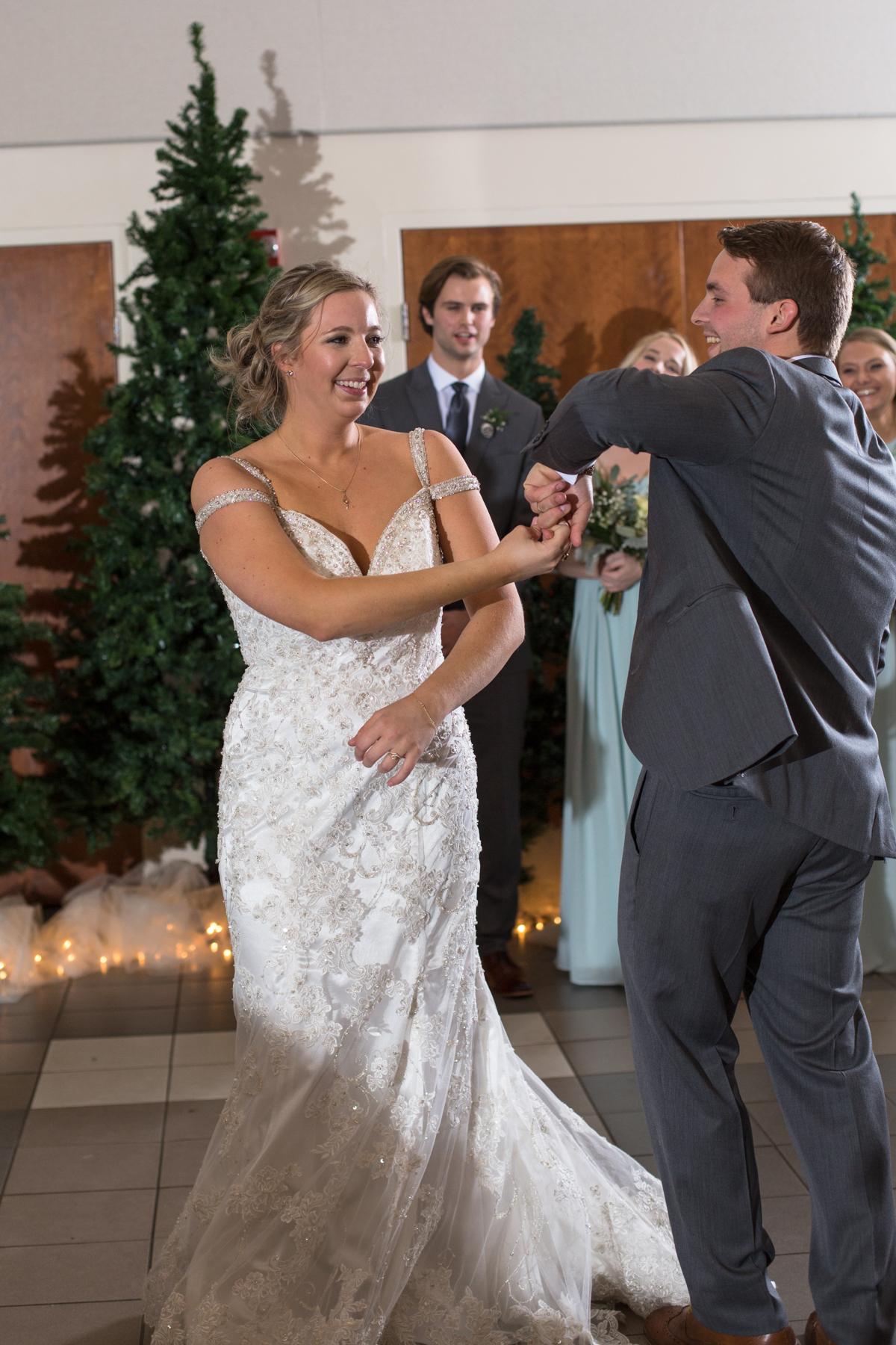 Kelli-and-Matt-Nashville-Wedding-Sneak-Peak-0272.jpg