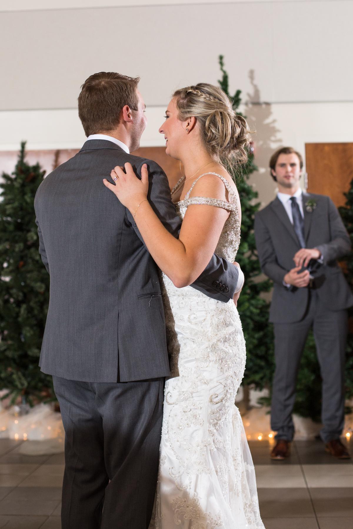 Kelli-and-Matt-Nashville-Wedding-Sneak-Peak-0274.jpg