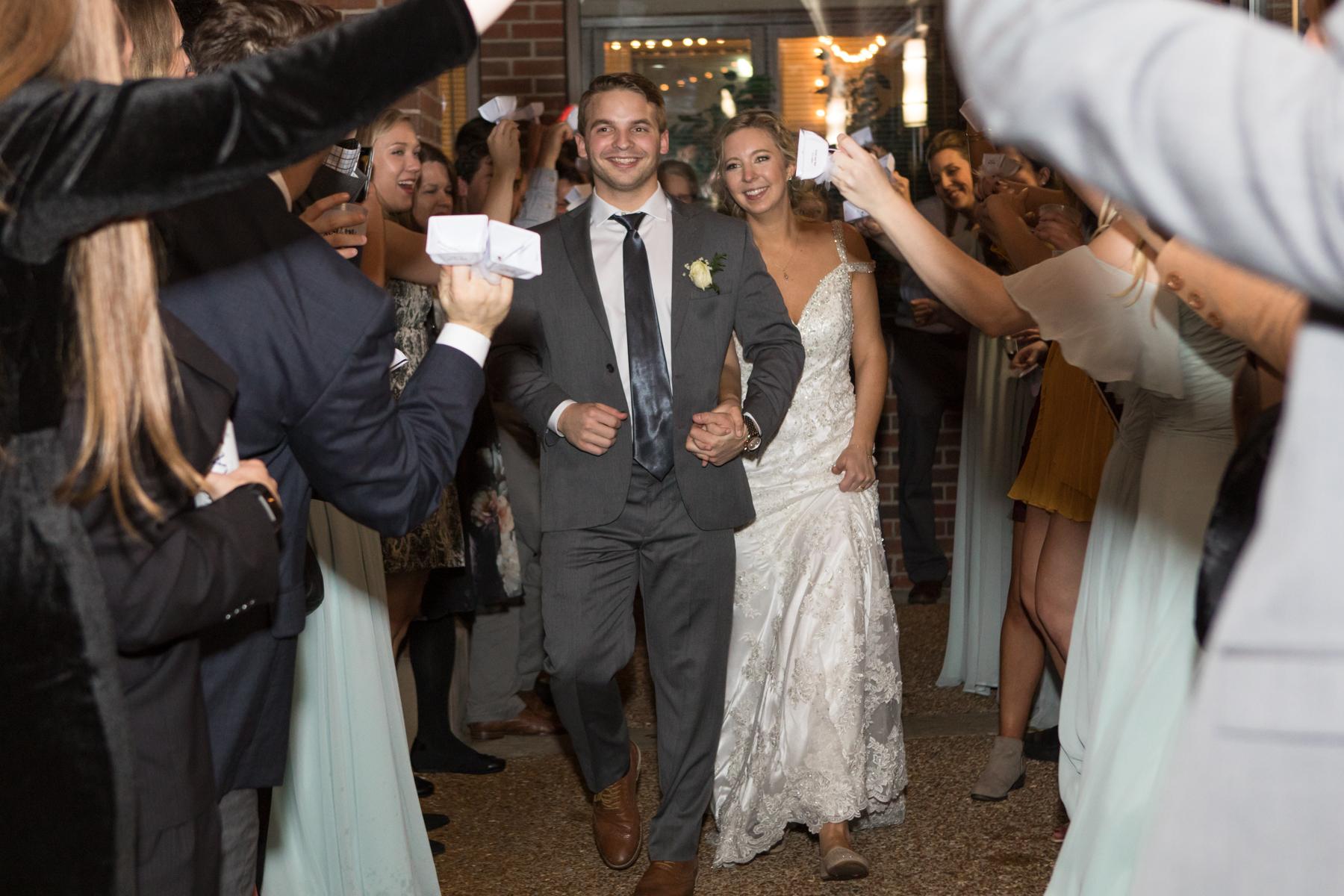 Kelli-and-Matt-Nashville-Wedding-Sneak-Peak-0323.jpg