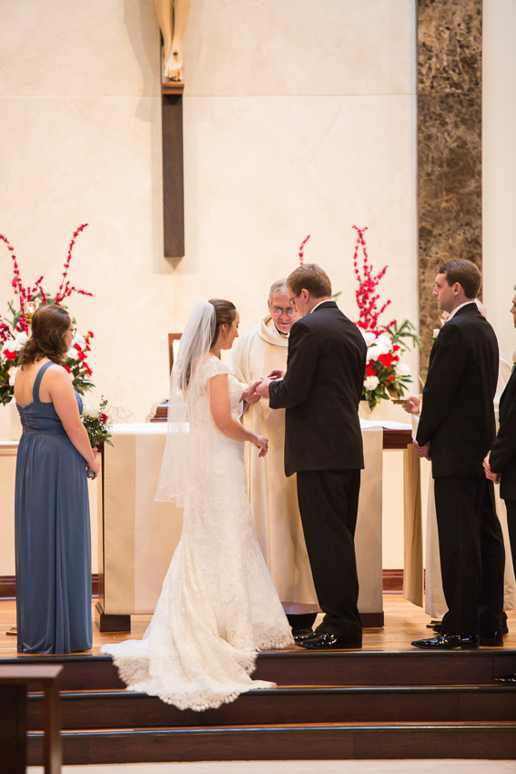 Holy-family-catholic-church-brentwood-wedding-tennessee-1013.jpg