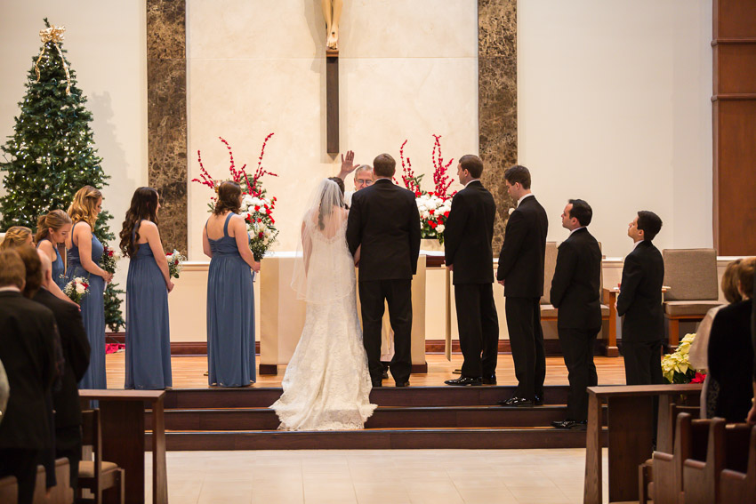 Holy-family-catholic-church-brentwood-wedding-tennessee-0076.jpg