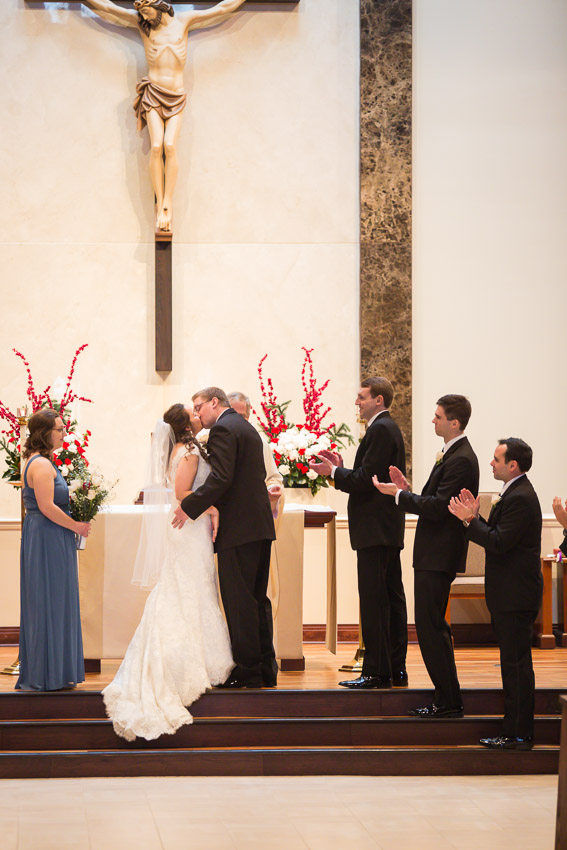 Holy-family-catholic-church-brentwood-wedding-tennessee-1017.jpg