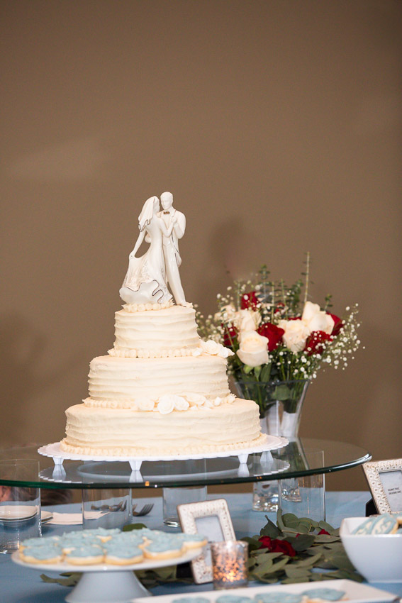 Holy-family-catholic-church-brentwood-wedding-tennessee-0155.jpg