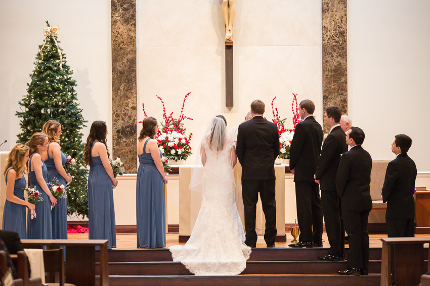 Holy-family-catholic-church-brentwood-wedding-tennessee-1012.jpg