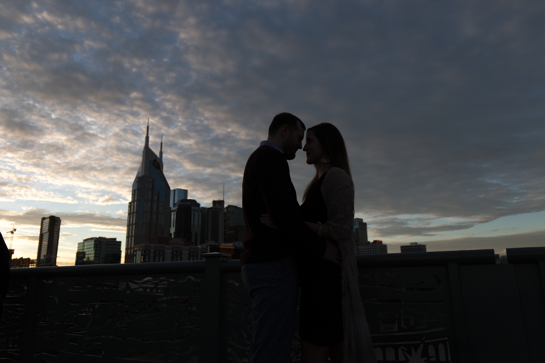 nashville-skyline-couple-shoot.jpg