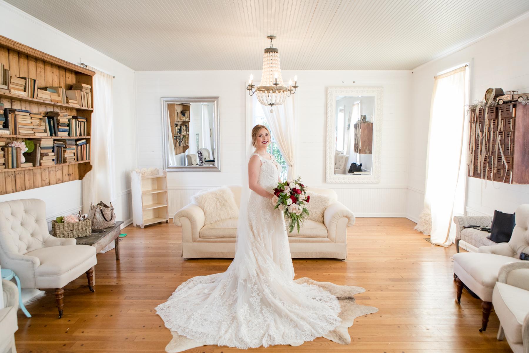 bridal-portrait-homestead-manor-nashville-wedding.jpg