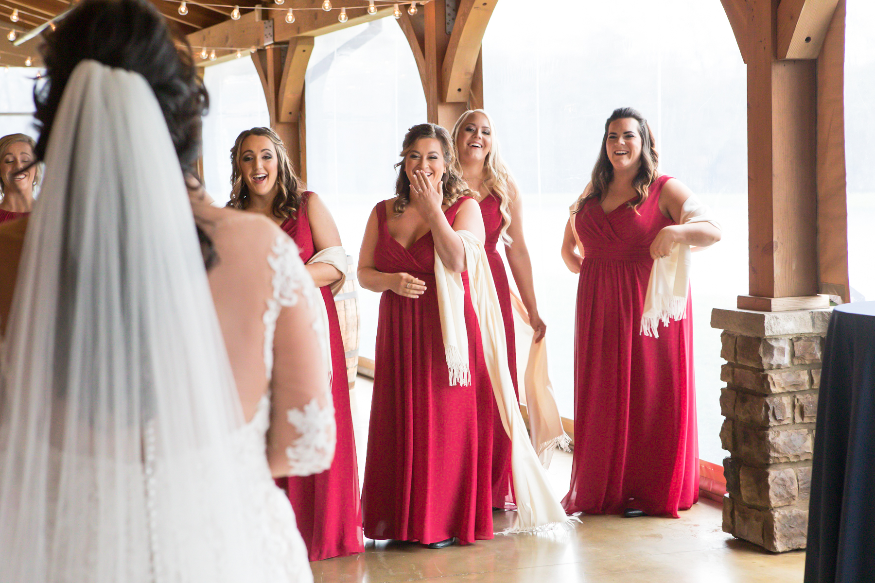 bridesmaids-reactions-to-first-look.jpg