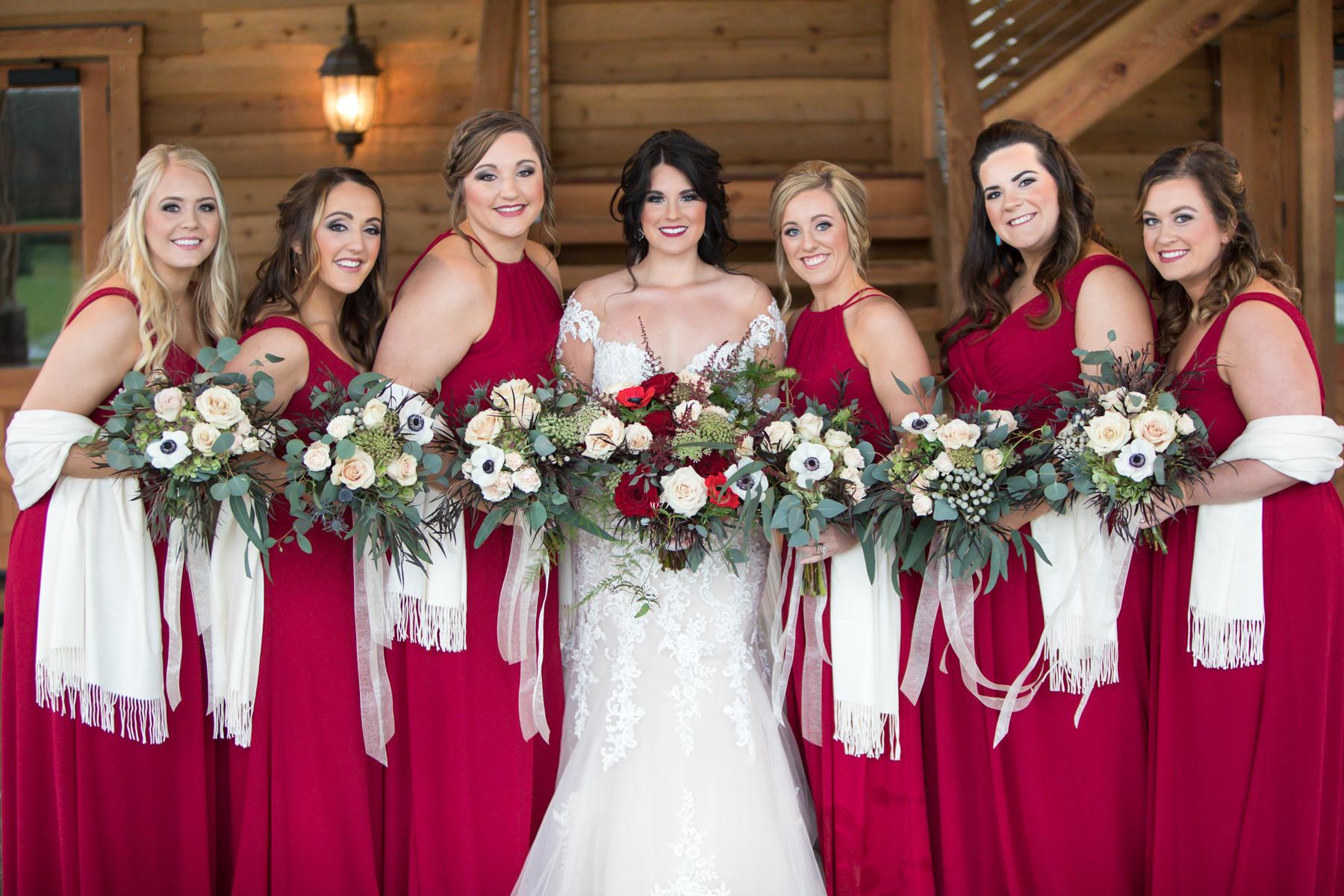 bridal-party-barn-at-sycamore-farms.jpg