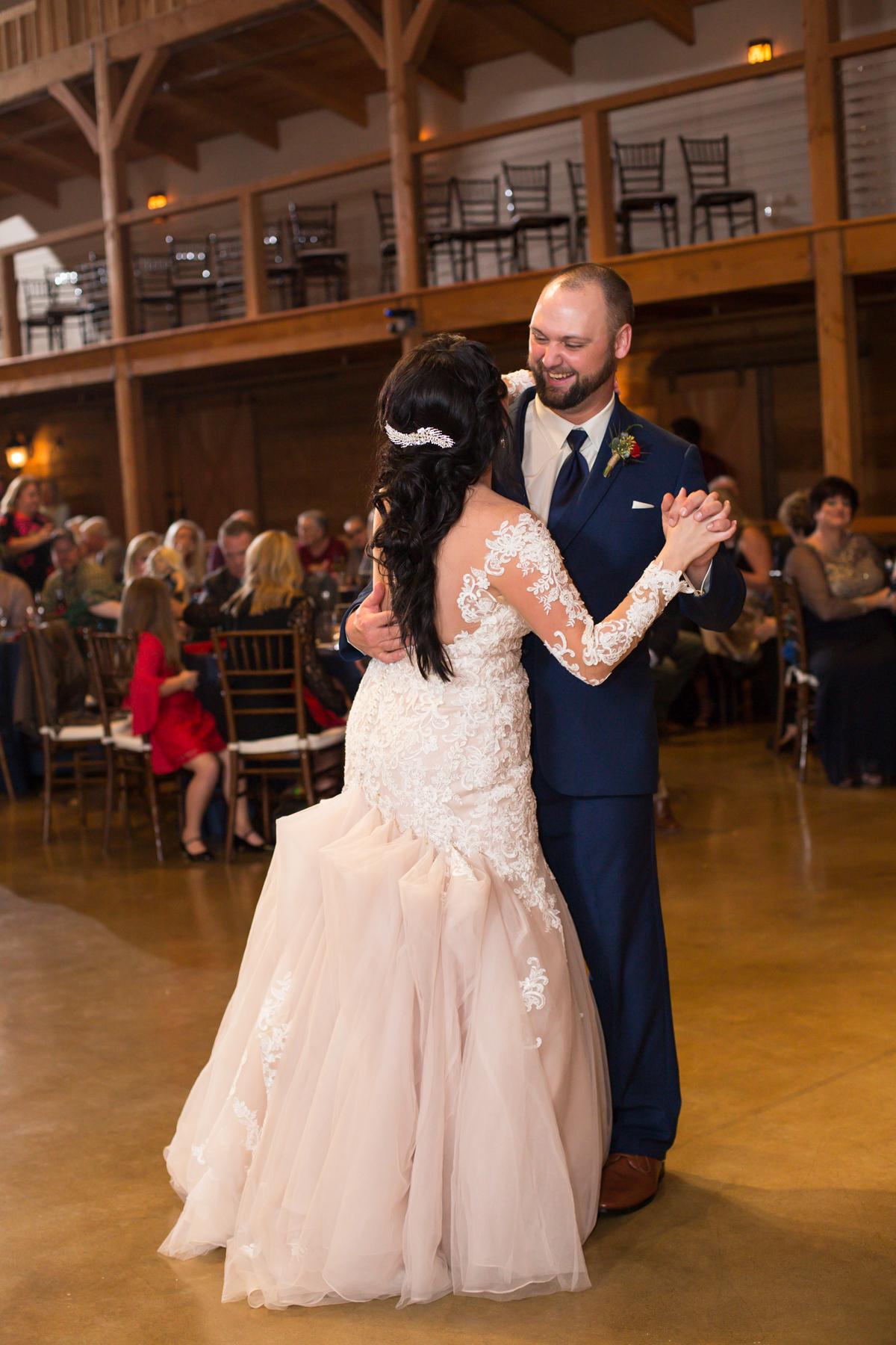 The-Barn-at-Sycamore-Farms-wedding-Shawn-and-Hayden-0369.jpg