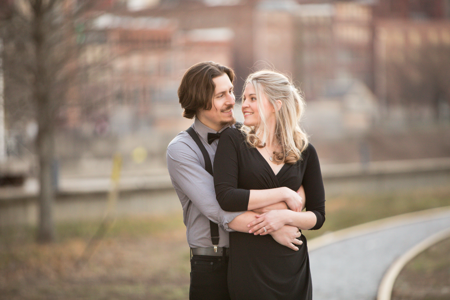 riverfront-nashville-engagement-session.jpg