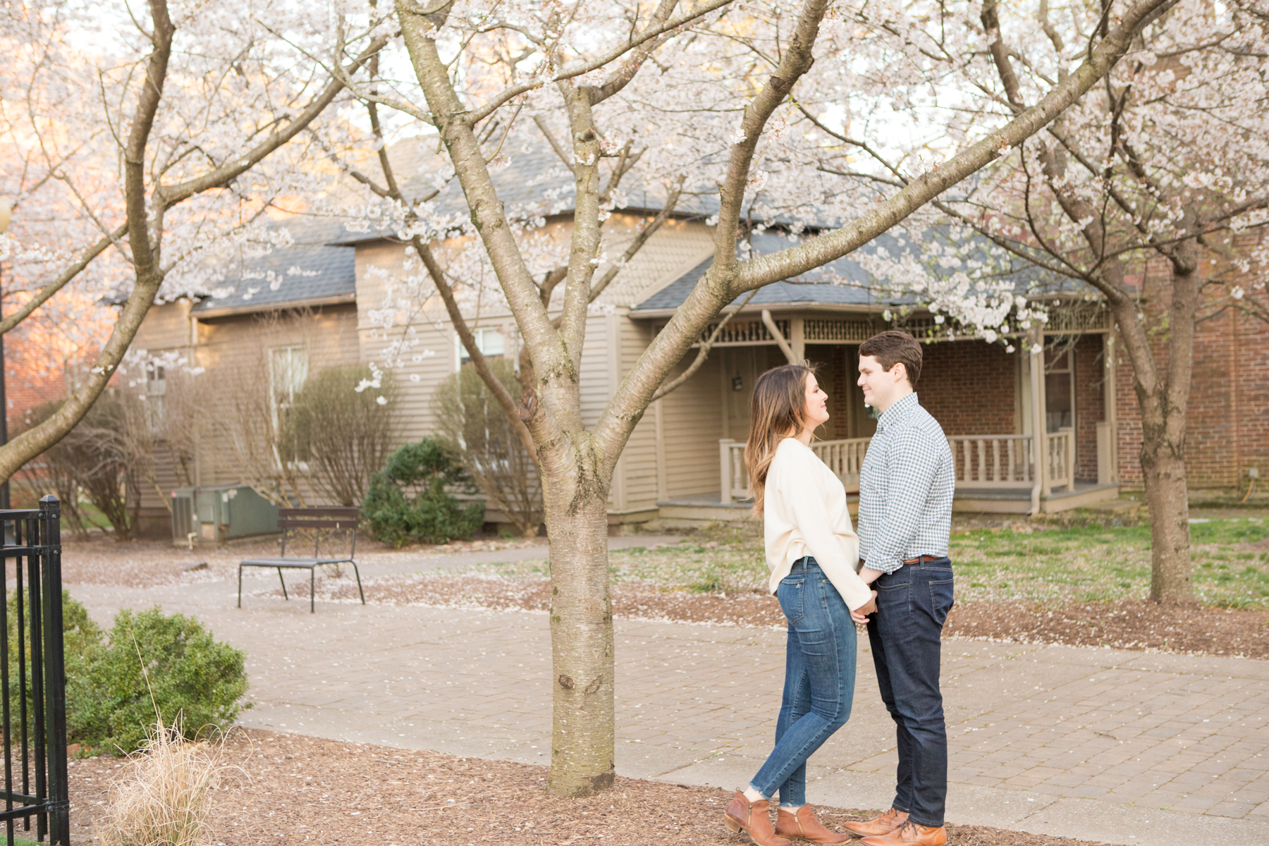 Franklin-Tennessee-Engagement-Session-Photos-0154.jpg